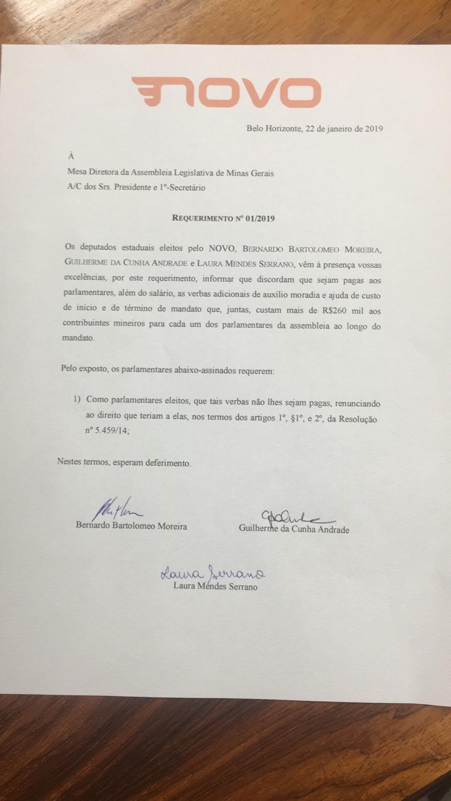 Documento assinado deputados do Novo